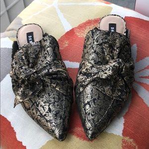 *FINAL SALE* Brand New DKNY Slide on shoes. Size 9